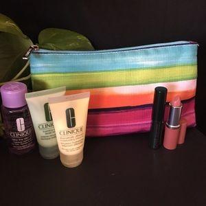 ALL NEW! CLINIQUE Travel Bag & Makeup Bundle!